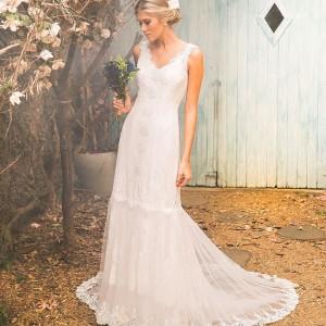 Modelo Plage Leve clssico e romntico Perfeito para um casamentohellip