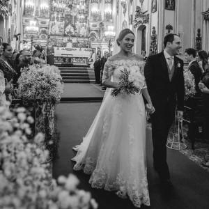 Juliana Nossa noiva deusa e clssica que se casou nohellip