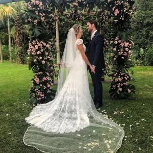 Patricia Nossa noiva maravilhosa usando o modelo Maria Paula superhellip